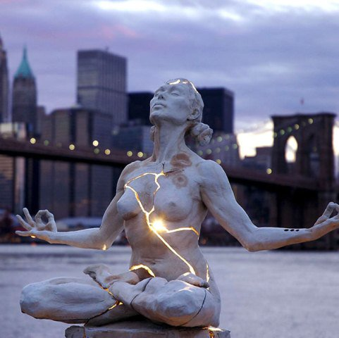 Các bức tượng độc đáo ở các thành phố trên khắp thế giới