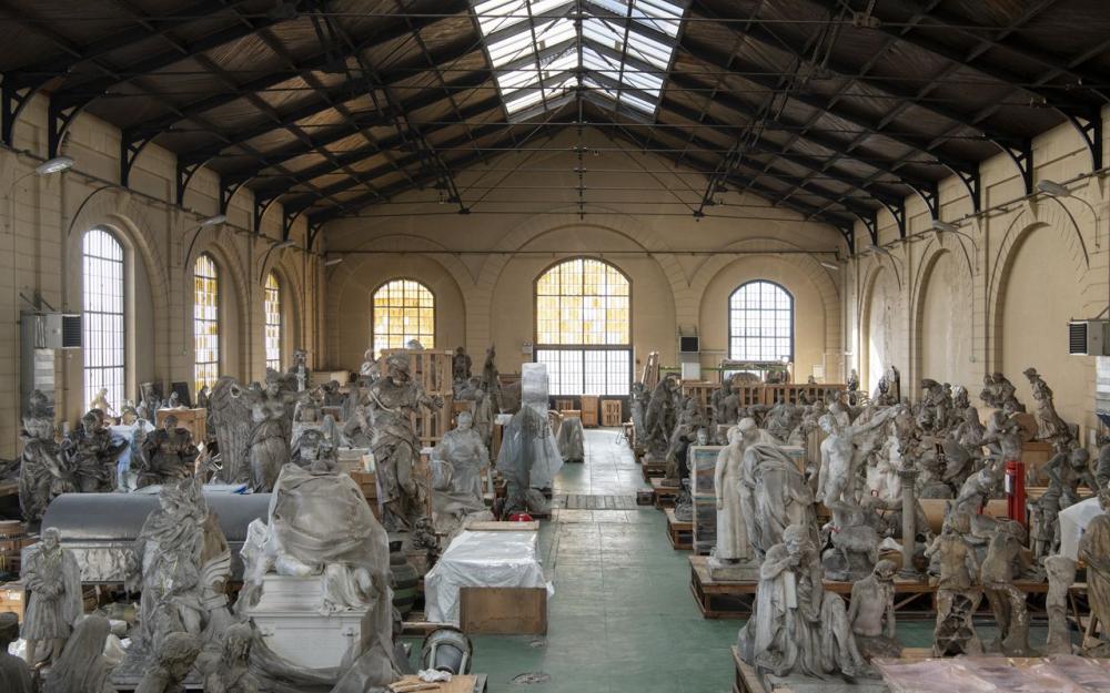 Chuyến thăm độc quyền trong khu bảo tồn tượng thạch cao nghệ thuật của Thành phố Paris