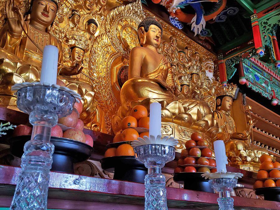 Quên đi những lo lắng của bạn và tìm đến sự bình yên tại Đền Mangisa của Hàn Quốc