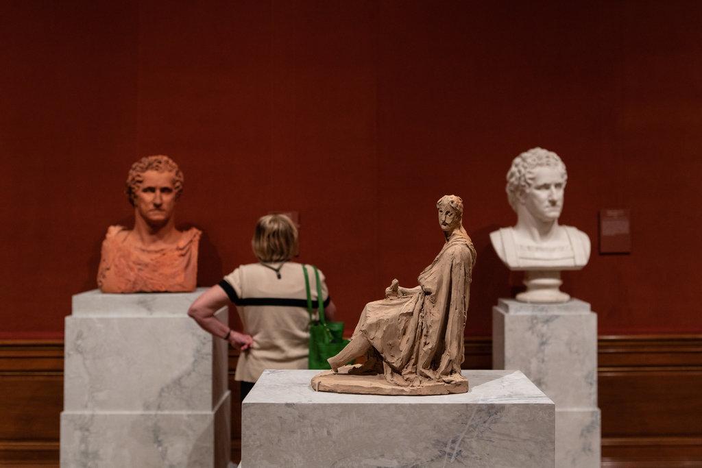 Khám phá các bức tượng thạch cao nghệ thuật ở George Washington