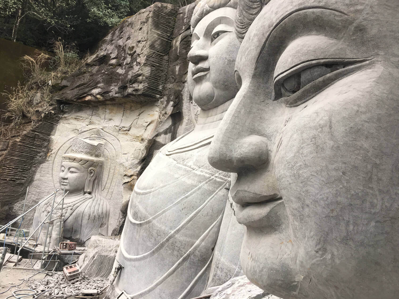 Theo bước chân của nghệ nhân người Nepal nổi tiếng, các nhà điêu khắc đưa các kỹ năng của họ đến Nhật Bản
