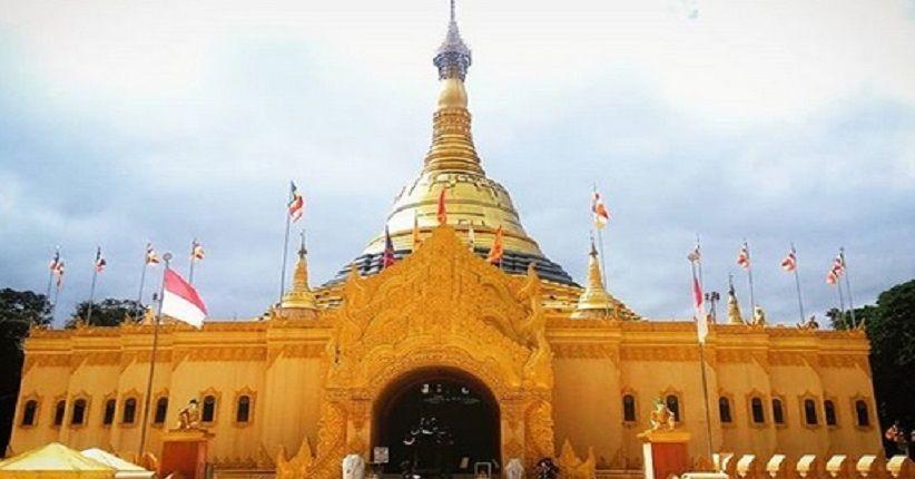 Tham quan Tanah Karo, ngôi chùa mầu vàng nguy nga tráng lệ trong công viên Lumbini